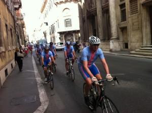 12juni2012_20_De blauw roze armada in de straten van Rome